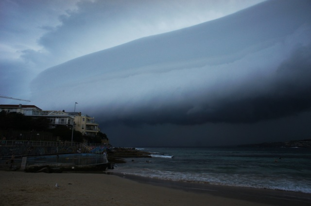 Bondi Storm - Sunday 12th of Dec 2011